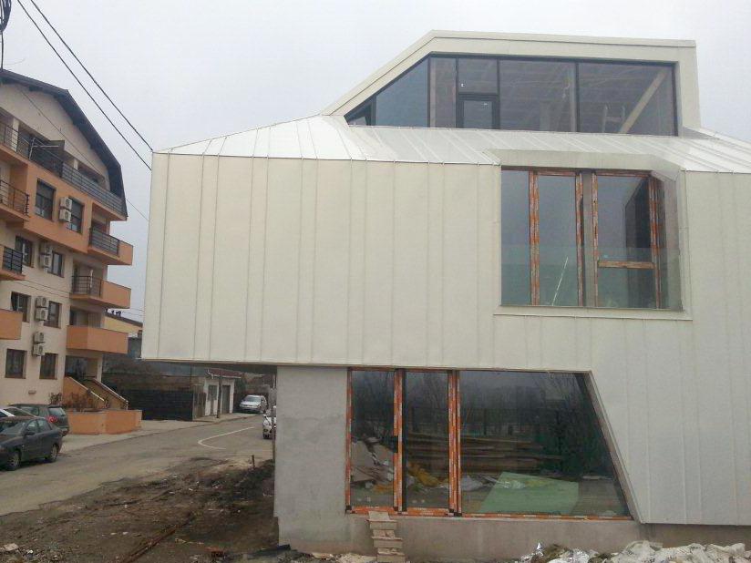 Proiect rezidential fatada si invelitoare, cu tabla faltuita Onyx Pearl - Bucuresti ACOPERO - Poza 3