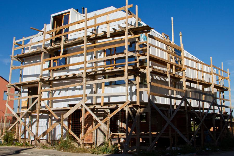 Proiect rezidential fatada si invelitoare, cu tabla faltuita Onyx Pearl - Bucuresti ACOPERO - Poza 5