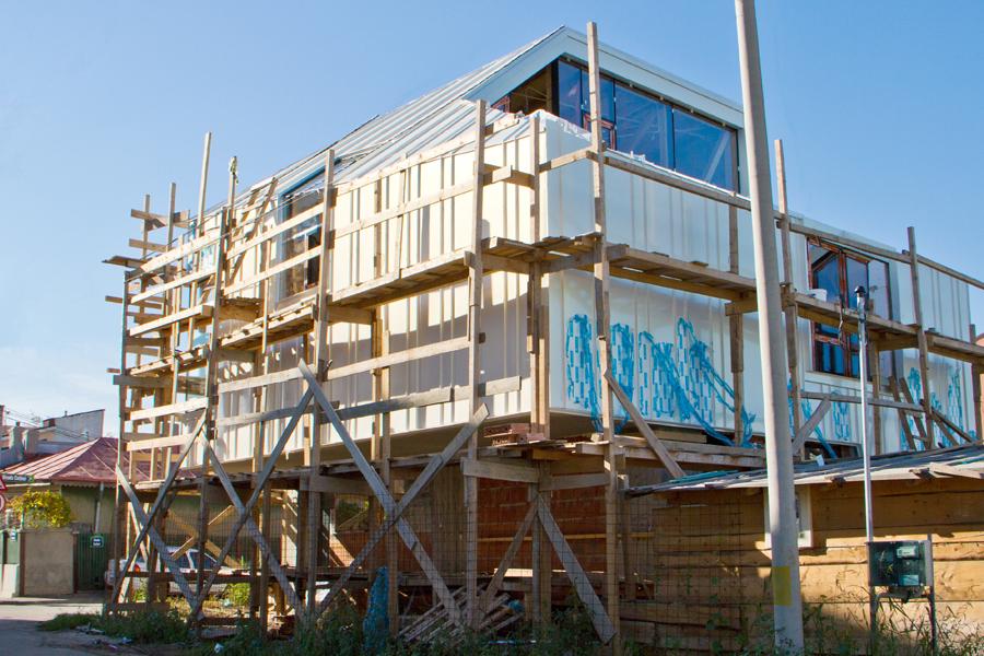 Proiect rezidential fatada si invelitoare, cu tabla faltuita Onyx Pearl - Bucuresti ACOPERO - Poza 8