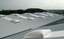 Cupolete pentru iluminare si ventilare Cupolete pentru luminare si ventilare JET GROUP conving prin flexibilitate si eficienta costului pentru cladiri noi sau proiecte de reconditionare, oferind multiple variante de configurare.