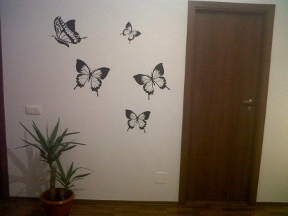 Stickere, folii decorative - poze primite de la clienti / 383321_330382606979924_446614840_n