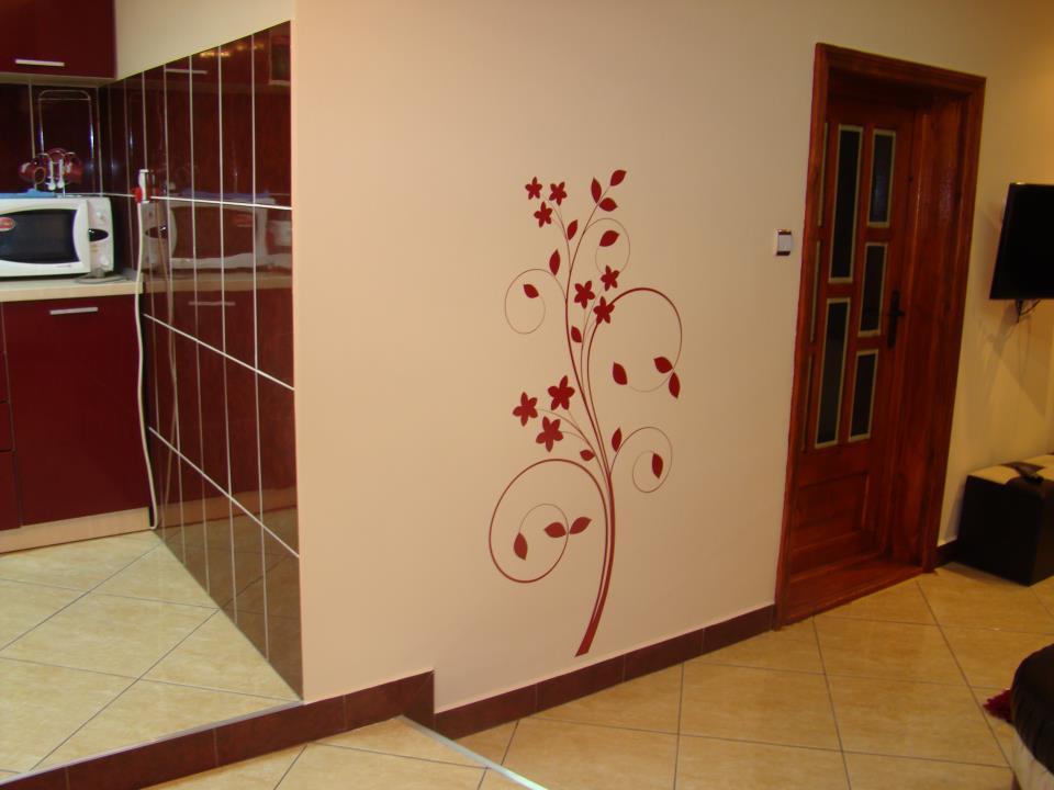 Stickere, folii decorative - poze primite de la clienti Beestick - Poza 300