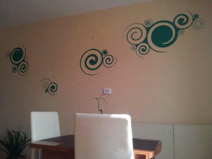 Stickere, folii decorative - poze primite de la clienti / 398987_388757187809132_2068545047_n