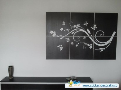 Stickere, folii decorative - poze primite de la clienti / 534237_578831928801656_382191207_n