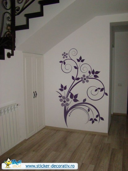 Stickere, folii decorative - poze primite de la clienti / 550206_545916918759824_398436468_n