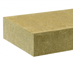 Vata minerala bazaltica pentru izolatii termice, fonice si protectie impotriva focului Vata minerala FIBRANgeo este realizata din roca minerala, topita intr-un cuptor electric la temperatura de 1520°C, apoi transformata in fibre.
