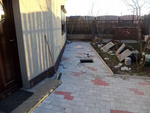 Exemple de utilizare Pavele din beton - Combinatie de rosu deschis cu gri deschis CONSTRUCTII MILLENIUM - Poza 1