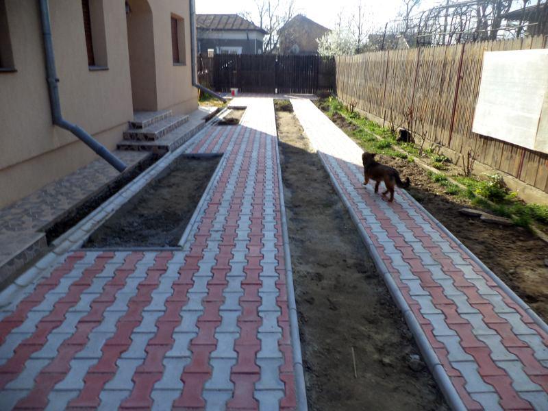 Pavele din beton - Combinatie de rosu deschis cu gri deschis CONSTRUCTII MILLENIUM - Poza 3