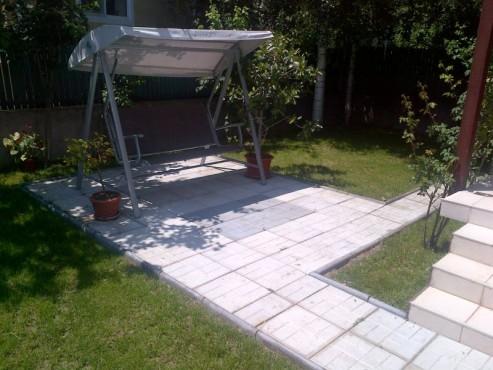 Exemple de utilizare Dale din beton - Combinatie de gri inchis cu gri deschis CONSTRUCTII MILLENIUM - Poza 1