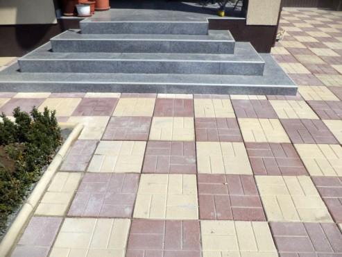 Dale din beton - Combinatie de maro cu crem CONSTRUCTII MILLENIUM - Poza 1