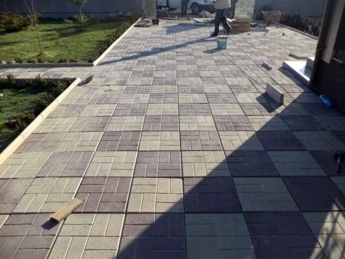 Dale din beton - Combinatie de maro cu crem CONSTRUCTII MILLENIUM - Poza 4