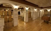 Parchet, dusumea din lemn masiv Valprest Parchet ofera o gama de parchet din lemn masiv finisat, parchet din lemn masiv nefinisat si parchet din lemn masiv cu design special.