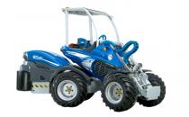 Vehicule multifunctionale Vehiculele multifunctionale MultiOne sunt realizate in multe variante de putere, pe care se pot monta rapid o multitudine de accesorii de lucru cu aplicabilitate in diverse sectoare de activitate.