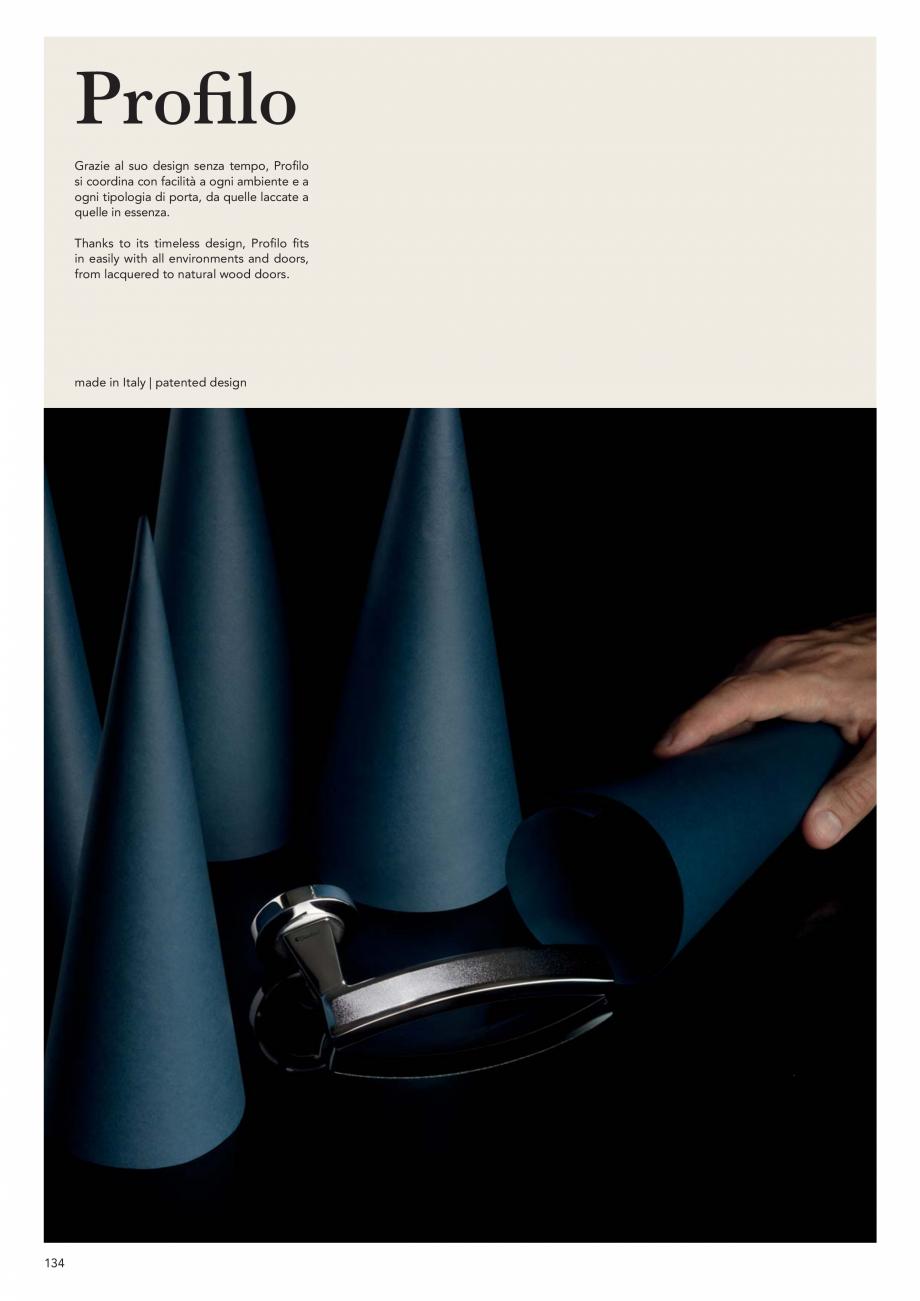 Pagina 136 - Catalog Linea CALI 2019 DALI BUSINESS Catalog, brosura Engleza, Italiana  Black 224 PB ...