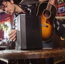 Sisteme audio portabile pentru muzica live BOSE