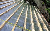 Membrane pentru izolatii termice Sistemele pentru izolatii termice ISOFLECT se aplica pe aproape orice tip de constructii, industriale si civile, de la mansarde, terase si pereti pana la pardoseli, conducte si tubulaturi de climatizare.