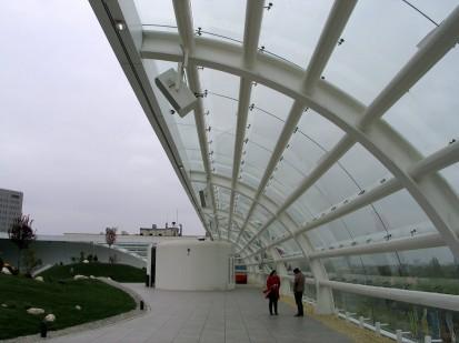 Terasa Promenada Mall - pereti din sticla securizata curba prelucrata Mall Promenada Prelucrare sticla si montaj