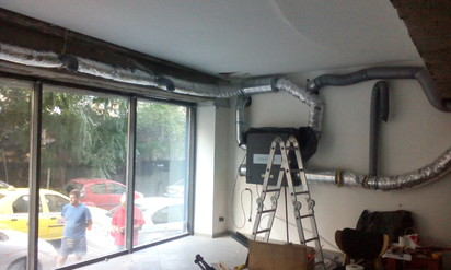 Unitate de ventilatie  DUPLEX EASY Ventilatie Cafenea, situata in zona Dorobanti, Bucuresti