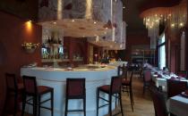 Design interior, pictura murala in restaurante, baruri si cafenele  Design-ul interior creat de Let's art, fie contemporan, traditional, clasic sau eclectic, reflecta mereu acelasi lucru: gustul, stilul si personalitatea clientului nostru.