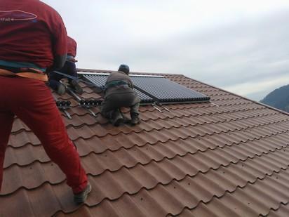 Montaj panouri solare cu tuburi vidate / Montaj panouri solare cu tuburi vidate 12