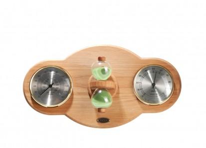 Accesorii pentru Spa / Placa din lemn de fag, pe care sunt fixate higrometru, termometru si o clepsidra pentru sauna