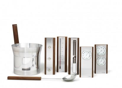 Accesorii pentru Spa / Set de accesorii produse din aluminium cu detalii din lemn de culoare inchisa
