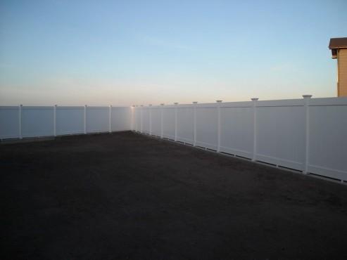 Prezentare produs Gard Pvc de tip compact  AMERICASA - Poza 8