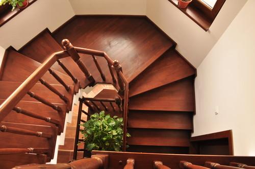 Lucrari, proiecte Trepte si Balustrada din lemn - Scara din beton balansata 1 TURSO HOLZ - Poza 9