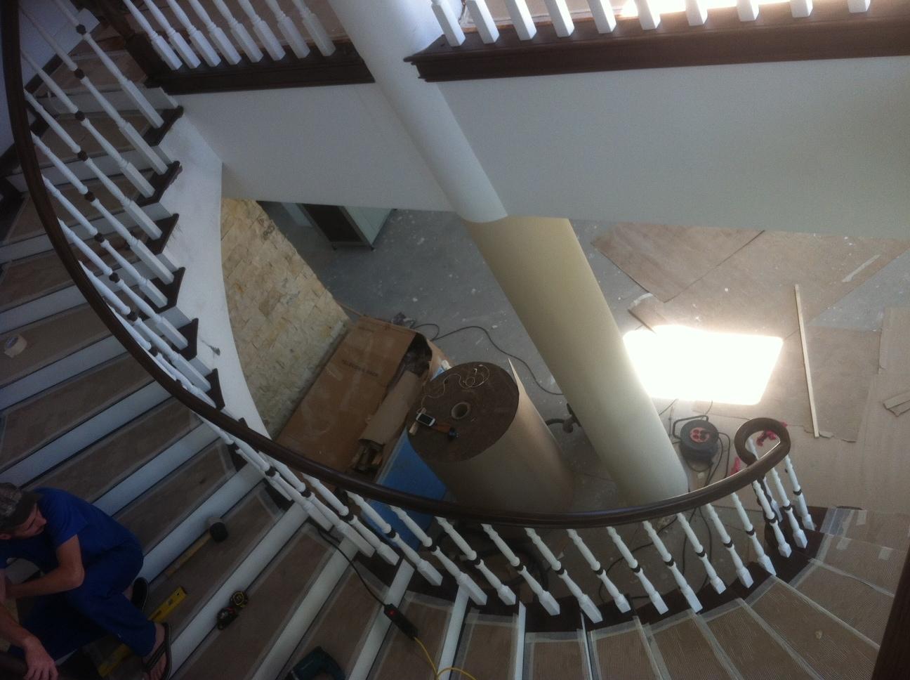 Trepte si Balustrada din lemn - Scara din beton realizata pe curb TURSO HOLZ - Poza 10