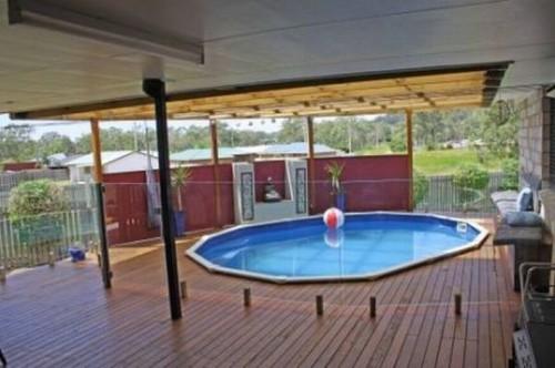 Prezentare produs Pardoseli compozit in jurul piscinei Decolandia - Poza 28