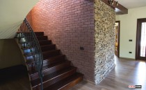Caramida aparenta pentru placari exterioare si interioare Caramida decorativa cu aspect natural si suprafata antichizata STAR STONE pentru placari interioare si exterioare pe fatade, garduri, socluri, capace de stalpi si gard.