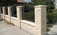 Capace stalpi de gard, capiteluri, capace interval gard, aticuri terase si pervaze STAR STONE ofera o gama variata de accesorii pentru garduri, ferestre si balcoane cum ar fi: capace pentru stalpi de gard, capiteluri, aticuri si pervaze.