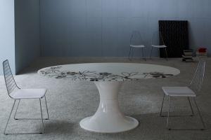 Mobilier dinning Midj este o companie din regiunea Friuli care produce - in intregime in Italia - scaune, mese si articole de mobilier complementare oferind design de top si calitate.