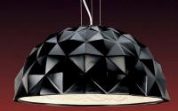 Lustre Turtle PAN INTERNATIONAL - lampa suspendata din ipsos decorata inovativ. Lampa este dotata cu cabluri de sustinere din otel cu inaltime reglabila.