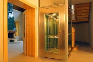 Lifturi pentru persoane KLEEMANN este una dintre foarte putinele companii din Europa care ofera ascensoare complete de personae / rezidentiale, livrand gama completa de solutii.