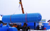 Rezervoare din fibra de sticla Rezervoarele din fibra de sticla CRIBER pot fi executate in diferite marimi, forme, pozitii; sunt usoare; nu corodeaza si sunt usor de intretinut.