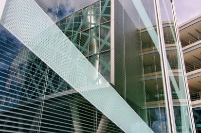 Petrom City Petrom City Prelucrare vitraje exterioare si interioare