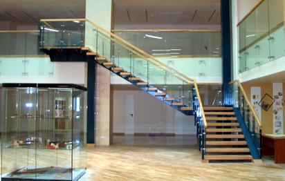 Biblioteca Nationala a Romaniei Biblioteca Nationala a Romaniei Amenajari interioare din sticla clar securizata si laminata