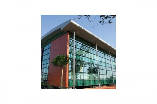 Lucrari de referinta Placaje HPL pentru fatade ventilate - Proiectul Archi Concept, Merignac, Franta TRESPA - Poza 7