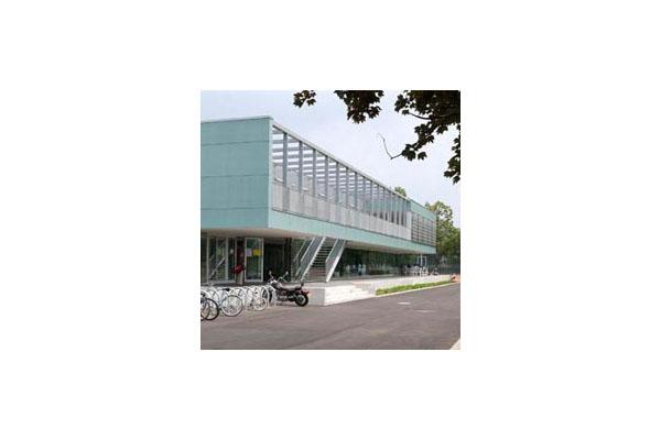 Placaje HPL pentru fatade ventilate - Proiectul Clubhouse Tennis Club Strassbourg, Franta TRESPA - Poza 2