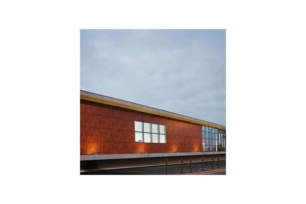 Lucrari, proiecte Placaje HPL pentru fatade ventilate - Proiectul Espace Georges Brassens, Sete, Franta TRESPA - Poza 1