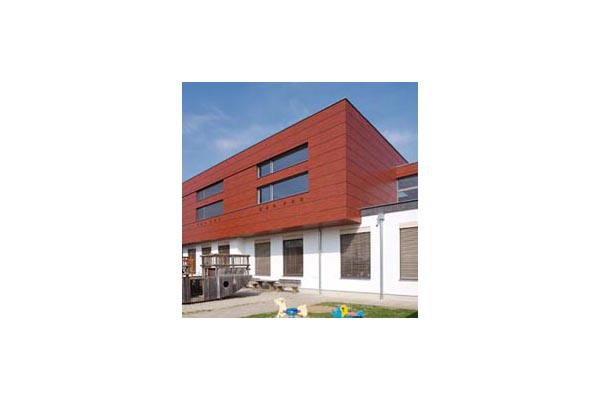 Lucrari, proiecte Placaje HPL pentru fatade ventilate - Proiectul Kindergarden, Gabersdorf,