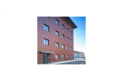 sl0401012_tcm31-22715 METEON Placaje HPL pentru fatade ventilate - Proiectul Maksim