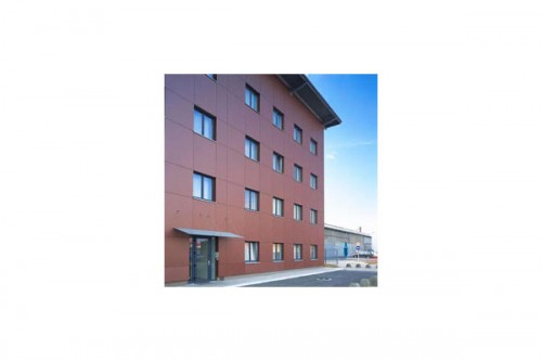 Lucrari de referinta Placaje HPL pentru fatade ventilate - Proiectul Maksim TRESPA - Poza 1
