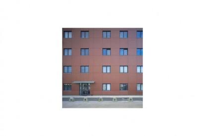 sl0401013_tcm31-22716 METEON Placaje HPL pentru fatade ventilate - Proiectul Maksim