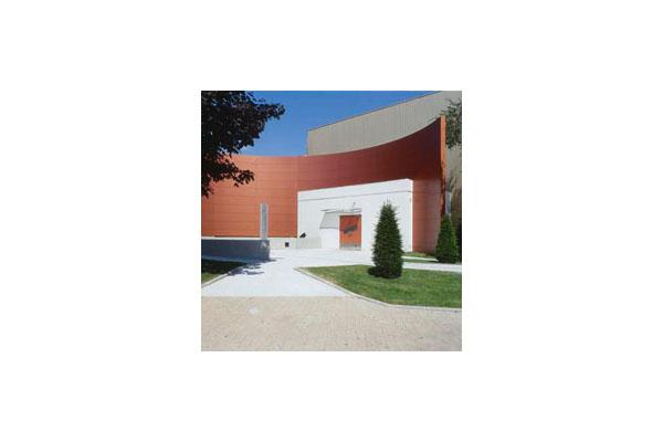 Placaje HPL pentru fatade ventilate - Proiectul Museum Cointreau St.Barthelemy, Franta TRESPA -
