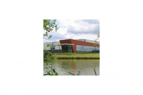 Lucrari de referinta Placaje HPL pentru fatade ventilate - Proiectul Office Beiersdorf, Franta TRESPA - Poza 4