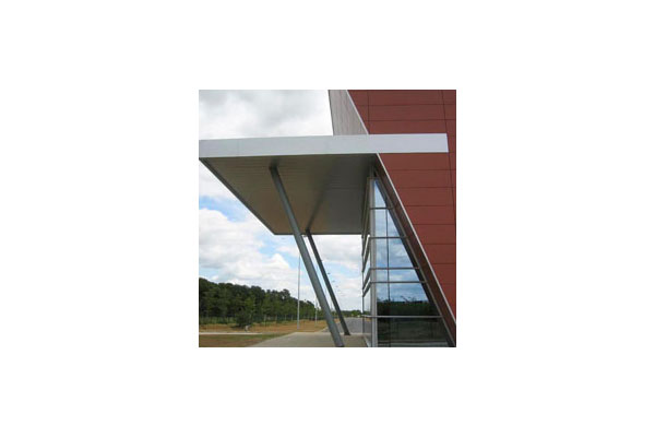 Lucrari, proiecte Placaje HPL pentru fatade ventilate - Proiectul Office Beiersdorf, Franta