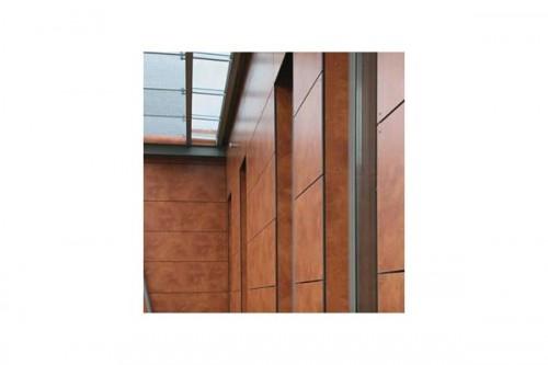 Lucrari de referinta Placaje HPL pentru fatade ventilate - Proiectul Office Building Fa. GUK Wellendingen, Wellendingen, Germania TRESPA - Poza 3