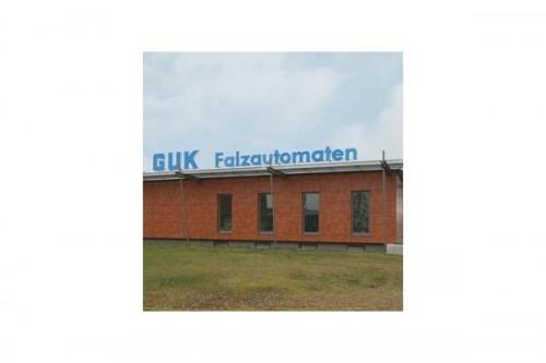 Lucrari de referinta Placaje HPL pentru fatade ventilate - Proiectul Office Building Fa. GUK Wellendingen, Wellendingen, Germania TRESPA - Poza 6